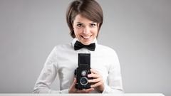 Un pratico videocorso che ti prende per mano e ti guida in un percorso di crescita fotografica dalle …