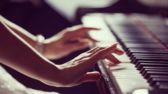 Play Pachelbel's Canon in D on Piano