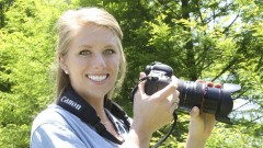 Learn beginner digital SLR photography in thirteen interactive lessons from a professional …