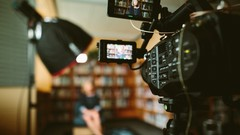 How To Hook, Engage And Grow Your Audience Organically With 9 Video Content Elements