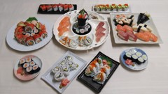 Let's have a sushi party: How to make sushi at home. 日本語字幕付