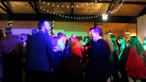 Netcurso-top-interactive-wedding-dj-mc-tips