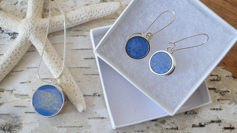 Jewelry Making For Beginners: Art Resin Pendant and Earrings