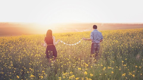 Descubre los 5 lenguajes del amor para una relación feliz