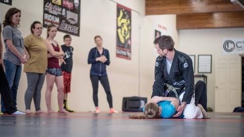 Self Defense for Women: Close Combat Training & Fighting