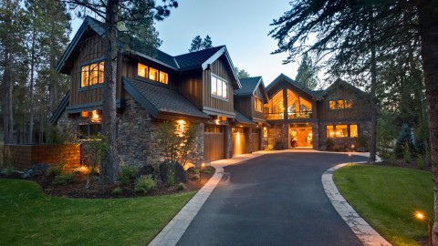Mastering Architecture and Real Estate Photography