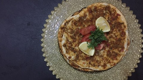 Turkish Pizza Lahmacun