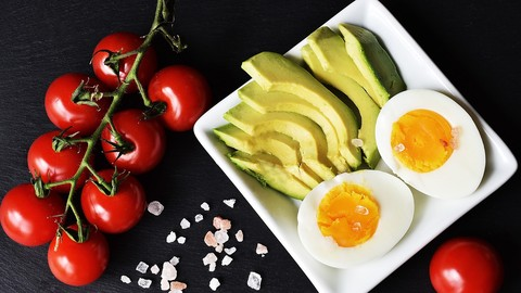 A Beginner's Crash Course Into The Ketogenic Diet