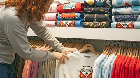 Netcurso-how-to-make-a-professional-tshirt-design-masterclass