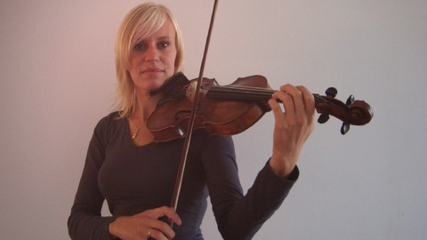Violin lessons for beginners - Resonance School of Music