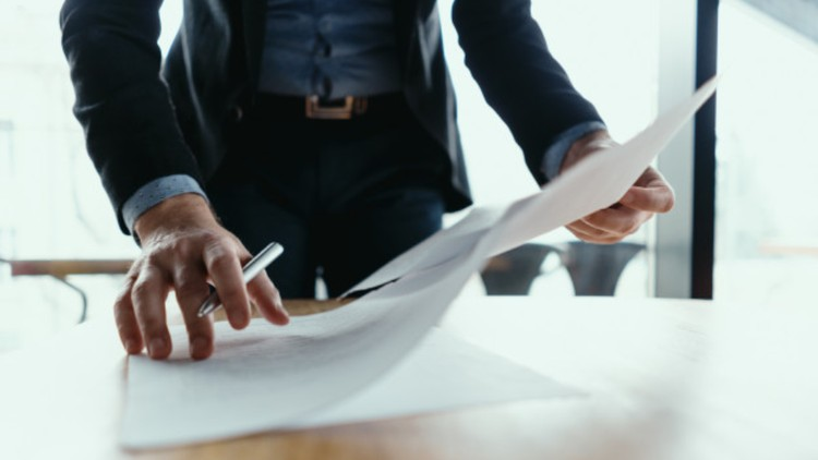 Contract Law - Key Clauses in a Contract