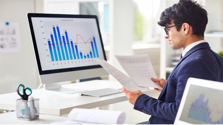 Financial Analysis Expert